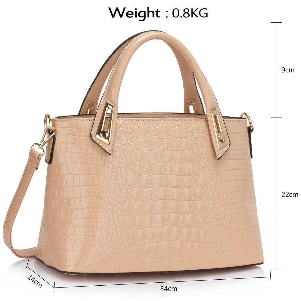 ff5f3b05ed sophisticated business glossy tote τσάντα σε κάμελ nude
