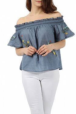 blogger denim bardot cute top