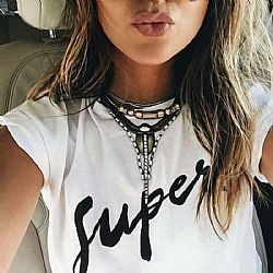 blogger super t-shirt σε λευκό
