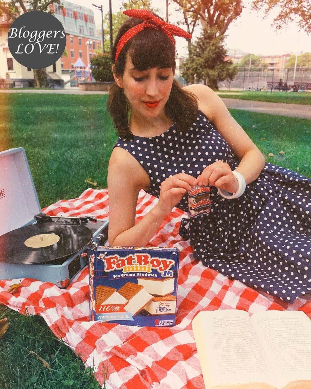78d822557993 vintage pin up 50s polka dot φόρεμα Lola