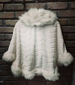 vintage styled fur cape Paris cream