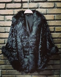 vintage styled fur cape Paris black