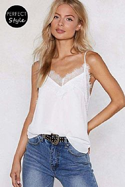 blogger essential crepe cami top lace