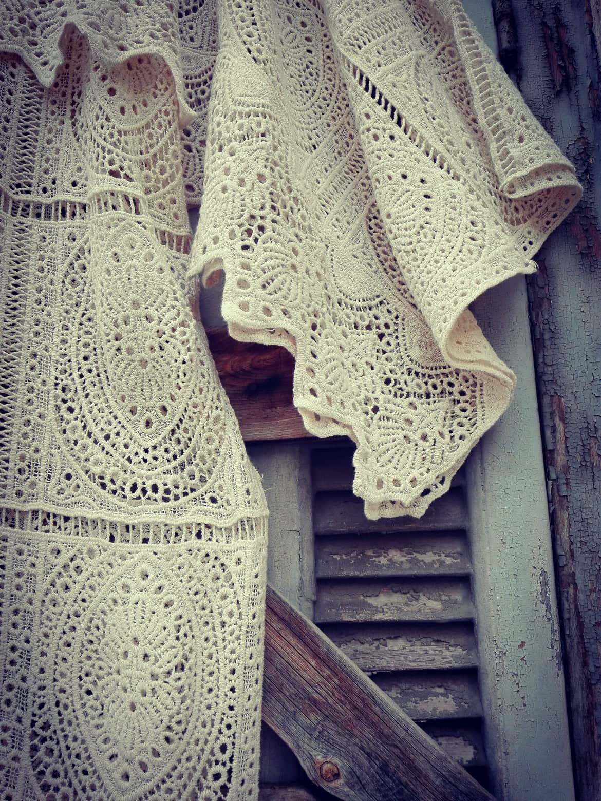 ultimate bohemian luxe crochet φόρεμα Indira cream